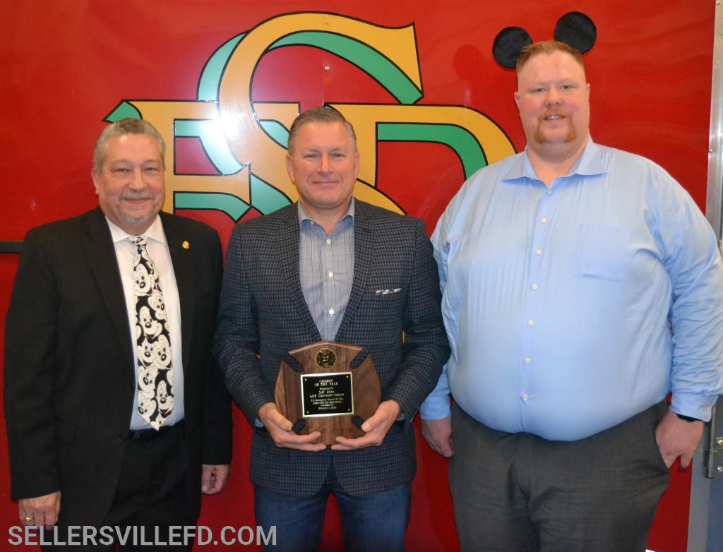 SFD President Greg Castelli [L], Citizen of the Year, Jeff Allen, owner of A&T Chevrolet/Subaru [C], SFD Chief Kurt Wagner [R]